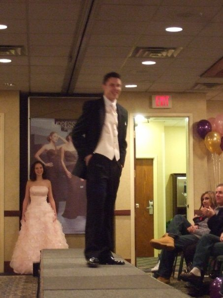 Sweetheart Prom Fashion Show 51